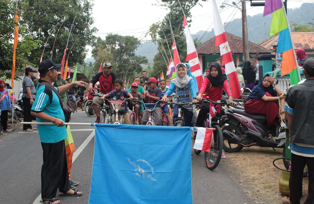 HUT Kemerdekaan RI Ke-73, Gowes Bareng Keliling Desa Sukahurip